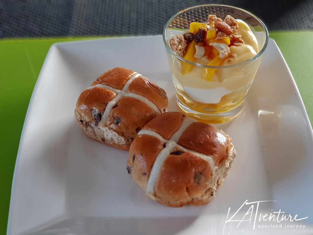Hot Cross Buns mit Mel
